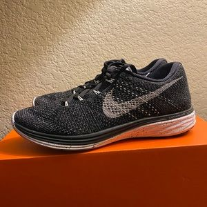 Nike Shoes - Nike Women's Flyknit Lunar3